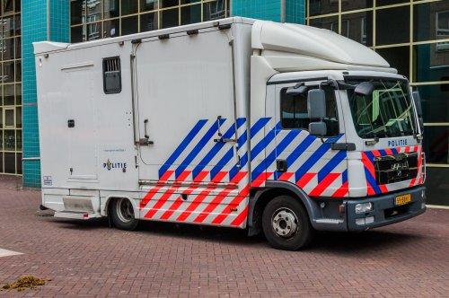Foto van een MAN TGL 1st gen, opgebouwd voor dierenvervoer.. Geplaatst door xrayjaco op 30-07-2019 om 10:59:58, op TractorFan.nl - de nummer 1 tractor foto website.