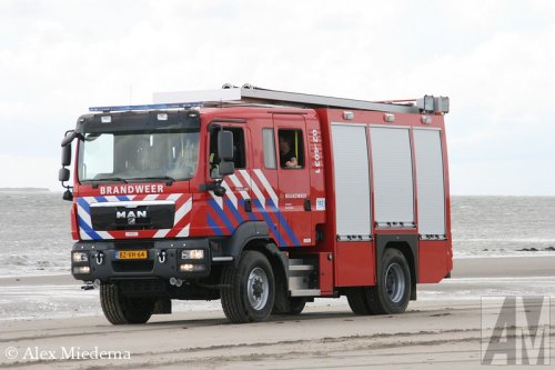Foto van een MAN TGM13.290 4X4 BL, opgebouwd als brandweer.. Geplaatst door Alex Miedema op 15-08-2014 om 14:13:18, op TractorFan.nl - de nummer 1 tractor foto website.