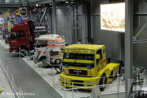 Foto van een MAN TR1400, opgebouwd voor truckracing.. Geplaatst door Alex Miedema op 06-12-2014 om 17:46:09, op TractorFan.nl - de nummer 1 tractor foto website.