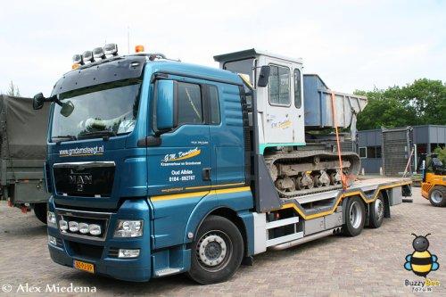 Foto van een M.A.N TGX op de TKD van 2012. Mijn verslag van dit evenement kun je vinden op http://alexmiedema.nl/2012/06/10/tkd-technische-kontakt-dagen-wezep-2012/