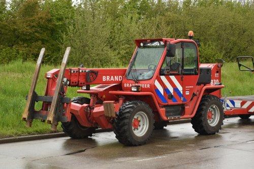 Foto van een Manitou onbekend/overig, opgebouwd  zonder opbouw.. Geplaatst door DaveMinderman op 01-05-2016 om 14:01:45, op TractorFan.nl - de nummer 1 tractor foto website.
