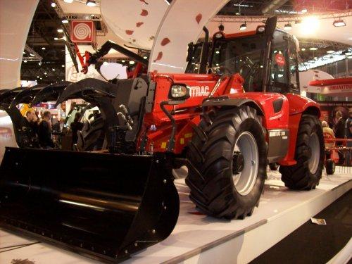 Foto van een Manitou verrijker, bezig met poseren.. Geplaatst door _Dieter_ op 05-03-2009 om 18:32:54, op TractorFan.nl - de nummer 1 tractor foto website.