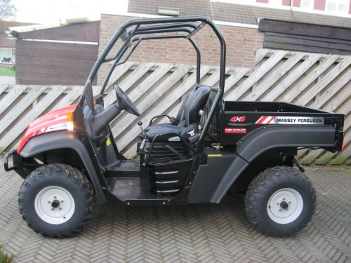 Massey Ferguson 20 MD van Monster