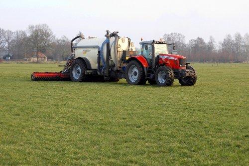 Zodebemesten door Pekkeriet Dalfsen  https://youtu.be/DqCC3-gsFao. Geplaatst door pekkerietfan op 12-03-2018 om 20:01:49, op TractorFan.nl - de nummer 1 tractor foto website.