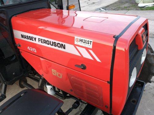 Massey Ferguson 420 van MaartenMandemaker