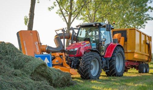 Foto van een Massey Ferguson 5613 van  Van Doorn Geldermalsen B.V. (Geldermalsen) ×.. Geplaatst door deerefan op 11-06-2019 om 22:33:44, op TractorFan.nl - de nummer 1 tractor foto website.