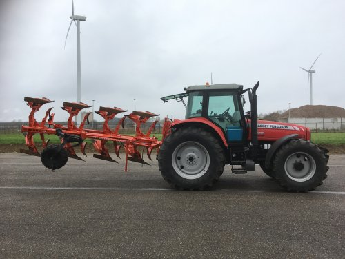 Massey Ferguson 6465 Dynashift van Jan mf6465