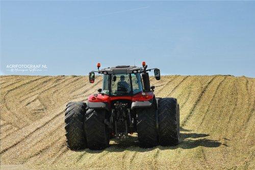 Massey Ferguson 7720 van Lifestyle & Agrifotografie