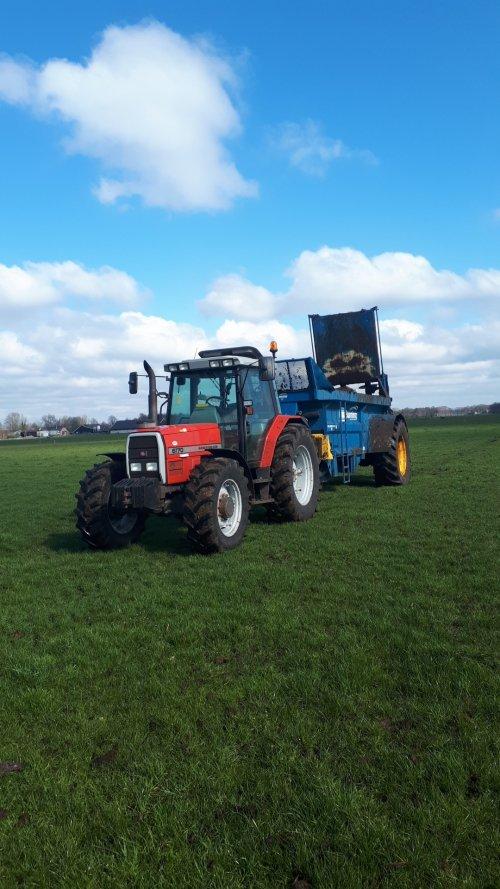 Foto van een Massey Ferguson 6170.. Geplaatst door Emmink op 22-03-2020 om 13:39:30, op TractorFan.nl - de nummer 1 tractor foto website.