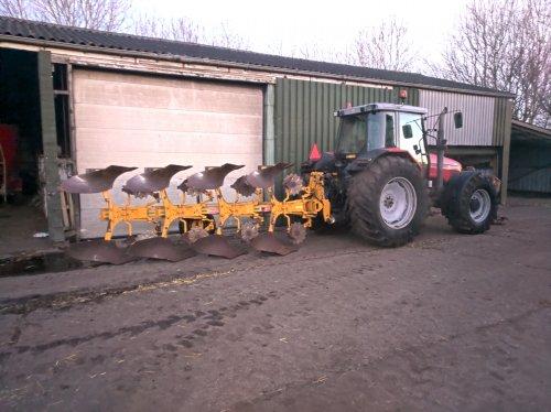 Klaar voor de strijd!!. Geplaatst door John Deere 6320 op 31-03-2020 om 22:11:27, op TractorFan.nl - de nummer 1 tractor foto website.