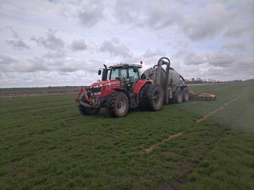De mest er weer op!!. Geplaatst door John Deere 6320 op 31-03-2020 om 22:13:01, op TractorFan.nl - de nummer 1 tractor foto website.