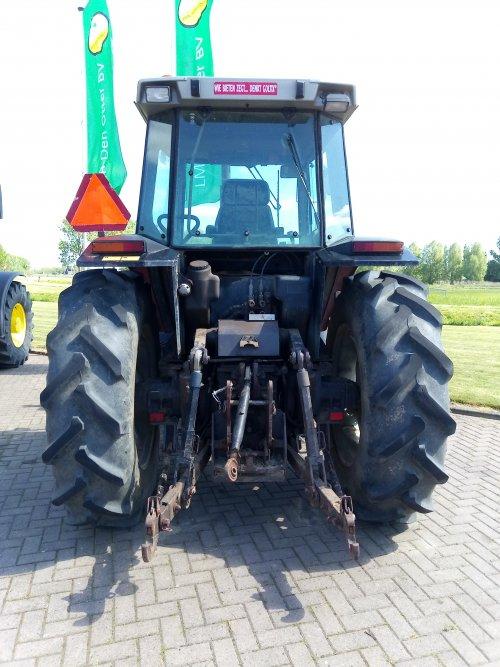 Massey Ferguson 3630.. Geplaatst door MF 2725 op 05-05-2020 om 21:48:40, op TractorFan.nl - de nummer 1 tractor foto website.