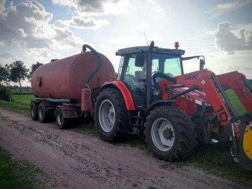 Massey Ferguson 5450 van Tractor TV
