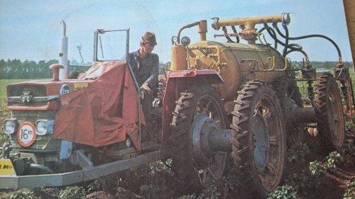 Foto van een Massey Ferguson 178. Mest injectie in de aardappelen.  Mei 1977. Geplaatst door sybren op 26-11-2020 om 14:02:27, met 12 reacties.