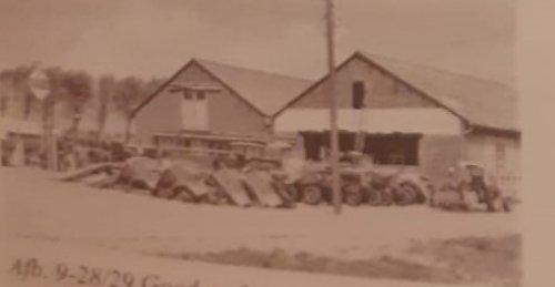 Foto van een Massey Ferguson Meerdere een foto uit de jaren 60 denk ik  van Verlinde op de reuzenhoek .