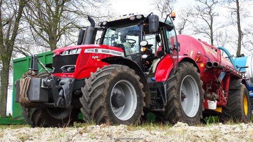 Massey Ferguson 7718 van Agriculturespotter