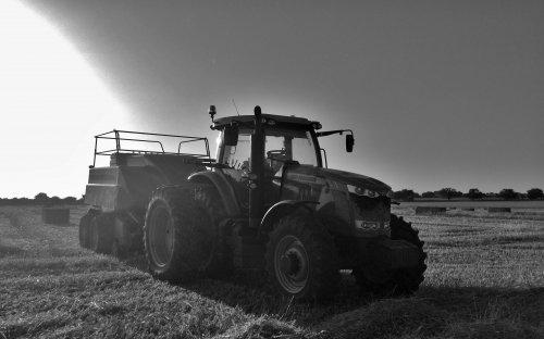 Massey Ferguson 7622,. Geplaatst door DeertjePower op 11-08-2015 om 20:54:09, op TractorFan.nl - de nummer 1 tractor foto website.