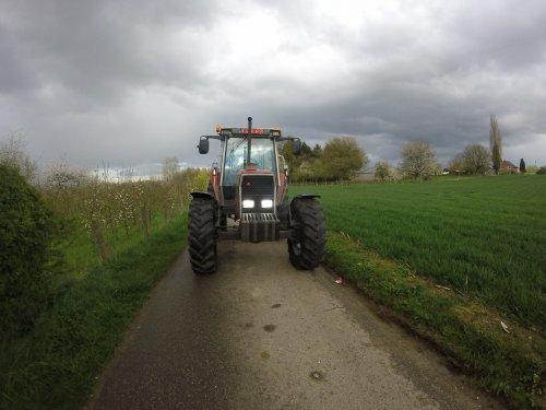 Foto van een Massey Ferguson 3080. Geplaatst door Tim-MF3080 op 11-07-2016 om 23:20:55, op TractorFan.nl - de nummer 1 tractor foto website.