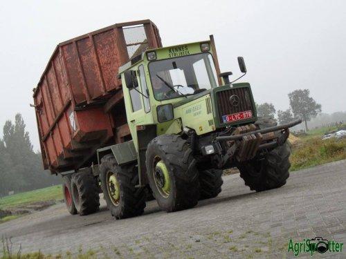MB trac 1000 met Beco silagekipper  Meer foto's op www.agrispotter.be. Geplaatst door ibe_sanders op 18-01-2016 om 19:35:23, met 6 reacties.
