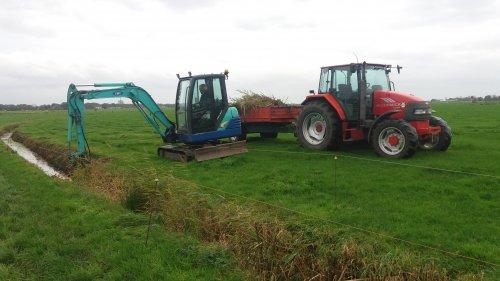 Foto van een Mc-Cormick CX 90. Geplaatst door berryfendt936 op 10-11-2017 om 20:06:40, op TractorFan.nl - de nummer 1 tractor foto website.