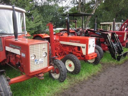 Foto van een Mc-Cormick 353. Geplaatst door jordi 1455 op 29-11-2017 om 21:03:50, op TractorFan.nl - de nummer 1 tractor foto website.