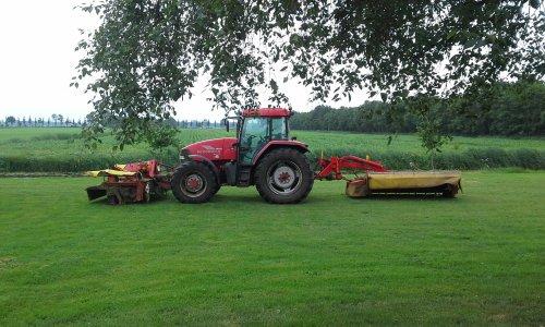Foto van een Mc-Cormick MC 135. Geplaatst door dobbe op 19-06-2018 om 07:32:43, op TractorFan.nl - de nummer 1 tractor foto website.