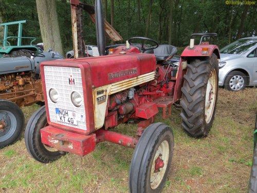 Foto van een Mc-Cormick 323   , oldtimerdag Itterbeck 17-06-2018. Geplaatst door oldtimergek op 21-06-2018 om 18:22:28, op TractorFan.nl - de nummer 1 tractor foto website.