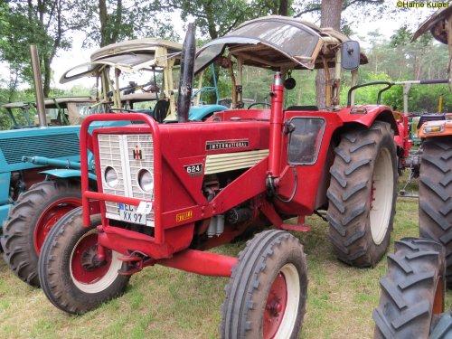 Mc-Cormick 624 van oldtimergek