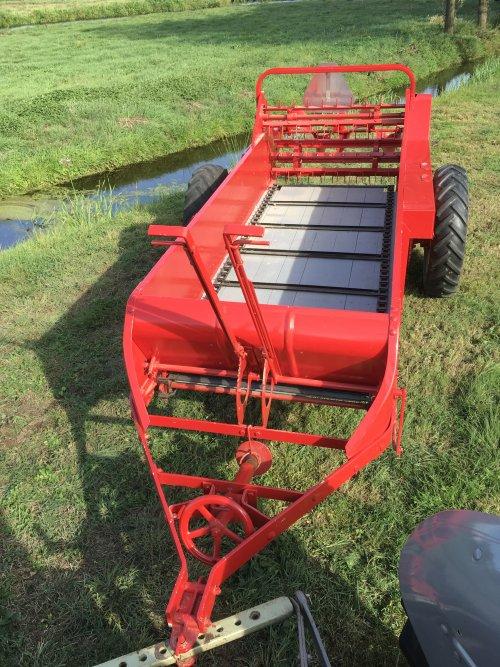 Foto van een Mc-Cormick Type 200 meststrooier (is te koop). Geplaatst door Arie_MF op 03-09-2018 om 19:25:10, op TractorFan.nl - de nummer 1 tractor foto website.
