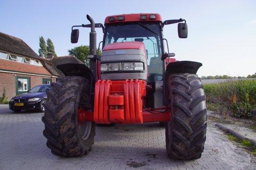 Foto van een Mc-Cormick MC 120. Geplaatst door jans-eising op 01-02-2019 om 19:22:42, op TractorFan.nl - de nummer 1 tractor foto website.