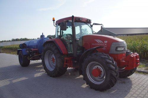 Foto van een Mc-Cormick MC 120. Geplaatst door jans-eising op 01-02-2019 om 19:22:57, op TractorFan.nl - de nummer 1 tractor foto website.