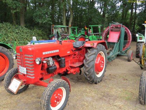 Mc-Cormick D 324 van oldtimergek
