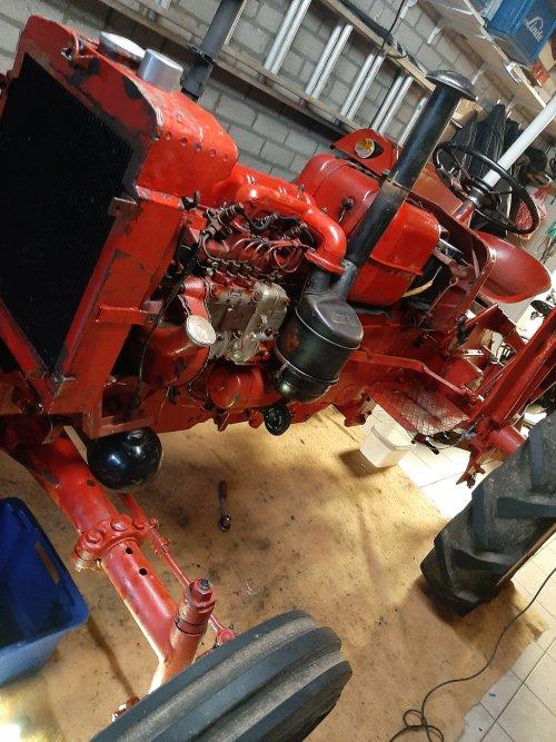 Foto van een Mc-Cormick D 436. Geplaatst door Sjeff op 27-01-2020 om 19:31:29, op TractorFan.nl - de nummer 1 tractor foto website.