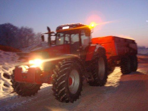 mc cormick 155 me peecon dumper van de vetter. Geplaatst door jdenmfenfendtfanaat op 11-01-2009 om 21:54:33, op TractorFan.nl - de nummer 1 tractor foto website.