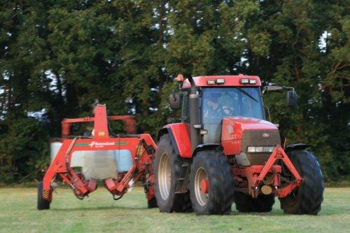Mc-Cormick MTX 150 Kvenerland UN 7644 Wikkelaar van Velthuis Hoonhorst. Meer foto's nu op http://www.jtnfotografie.nl