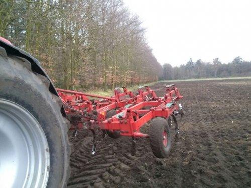 Foto van een Mc-Cormick MTX 200, bezig met poseren.. Geplaatst door jornofendtsteyr op 31-03-2014 om 22:39:30, op TractorFan.nl - de nummer 1 tractor foto website.