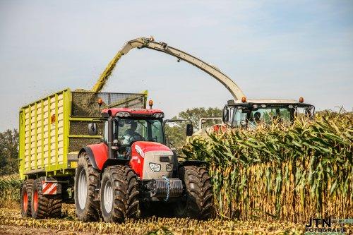 Loonbedrijf Jennissen Den Dungen met hun nieuwe Mc-Cormick X70.80 + Kaweoc Radium 45 tijdens de mais oogst. Nu meer foto's op http://www.jtnfotografie.nl