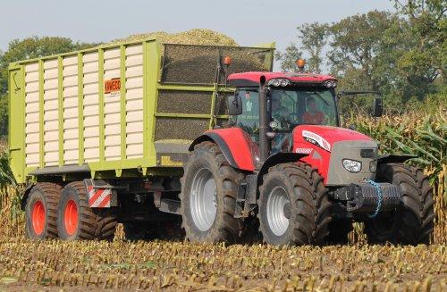 Loonbedrijf Jennissen Den Dungen in de mais.  Meer op: http://www.landbouwpowers.nl. Geplaatst door ronaldclaas op 08-11-2014 om 18:46:51, op TractorFan.nl - de nummer 1 tractor foto website.