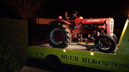 Foto van een Mc-Cormick F 137 D.. Geplaatst door sander d op 15-01-2016 om 21:38:45, op TractorFan.nl - de nummer 1 tractor foto website.