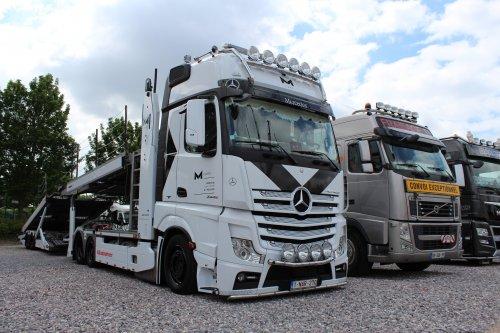 Foto van een Mercedes-Benz Actros , opgebouwd voor autotransport.. Geplaatst door michael-hoeven op 21-06-2017 om 14:32:26, op TractorFan.nl - de nummer 1 tractor foto website.