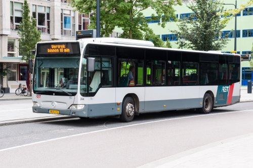 Foto van een Mercedes-Benz Citaro van Rotterdamse Elektrische Tram N.V. (RET), opgebouwd voor personenvervoer.