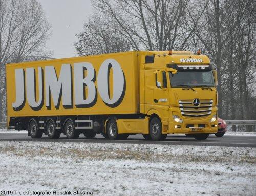 Foto van een Mercedes-Benz Actros van Jumbo Supermarkten (Veghel) ×, opgebouwd voor koeltransport.. Geplaatst door hendrik-stiksma op 13-10-2019 om 16:27:46, op TractorFan.nl - de nummer 1 tractor foto website.