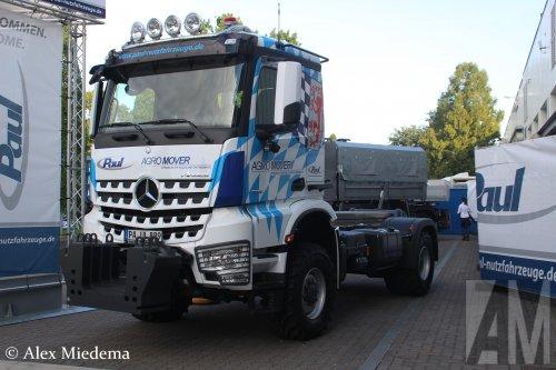 Foto van een Mercedes-Benz Arocs, opgebouwd zonder opbouw.. Geplaatst door Alex Miedema op 13-10-2016 om 13:32:10, op TractorFan.nl - de nummer 1 tractor foto website.