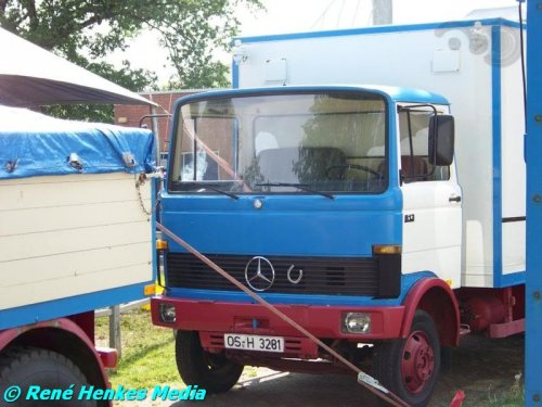 Mercedes-Benz LP van René
