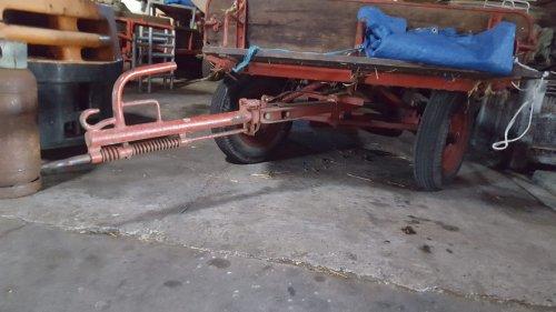 Foto van een miedema Landbouwwagen. Geplaatst door fendt2 op 21-08-2020 om 19:36:14, met 2 reacties.