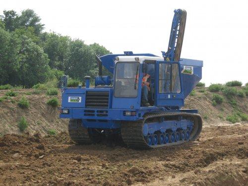 Foto van een Mitsubishi Rupsdumper, rups zandkar.. Geplaatst door Fast Eddy op 25-05-2011 om 20:28:21, met 9 reacties.