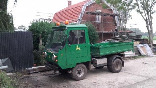 Multicar M25 van manus