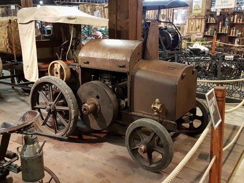 Foto van een MWM Motorpferd   in traktoren museum bodensee. Geplaatst door collin ihfan op 14-07-2016 om 22:27:56, op TractorFan.nl - de nummer 1 tractor foto website.