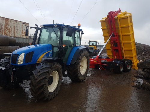 New Holland T 5060, foto van devonvdkroon