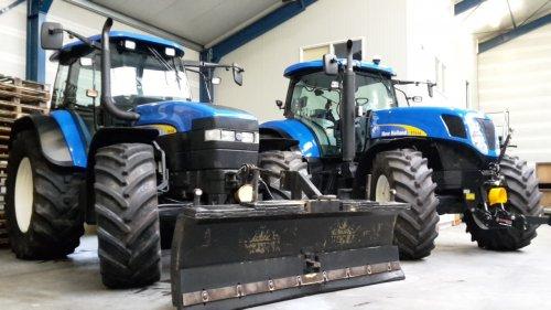 Kijk, daar heb je Markhorst bloembollen (Brucht ) × met een New Holland TM140 en een T7030. Geplaatst door stefan_4000 op 10-03-2017 om 19:50:08, op TractorFan.nl - de nummer 1 tractor foto website.